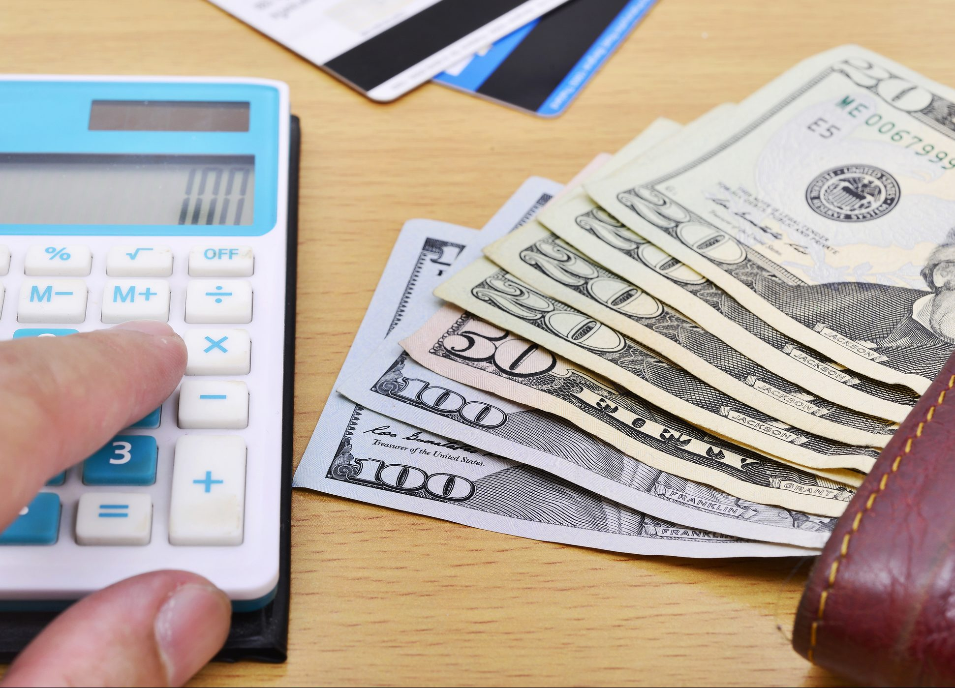 How Credit Card Minimum Payments Are Calculated