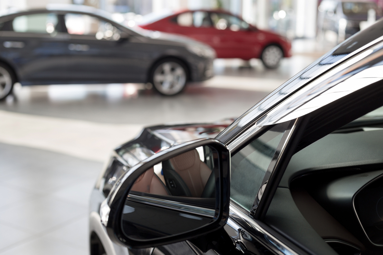 Five money-saving tips for buying a car in a seller's market